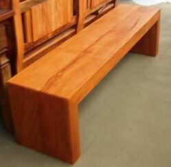 banc 22 banco tipo u em tabua m veis r sticos s o jos. Black Bedroom Furniture Sets. Home Design Ideas